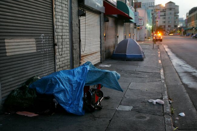 California Keeps Making the Homeless Crisis Worse