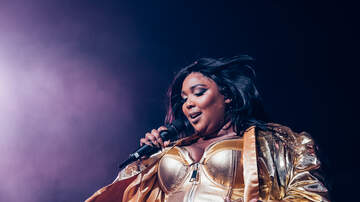 Trending - Lizzo Performs to a Roaring Sold Out Crowd in Boston