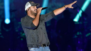 iHeartCountry - Luke Bryan To Perform At 'Opry Goes Pink' Event In Support Of Breast Cancer