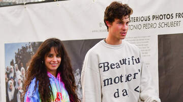 Entertainment News - Shawn Mendes & Camila Cabello Wear Halloween Masks To Troll Paparazzi