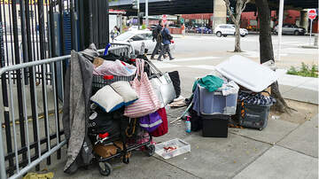 Politics - Donald Trump Threatens San Francisco With EPA Violations Over Homelessness