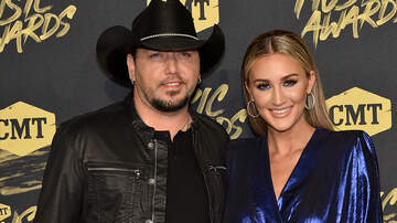 Music News - Jason Aldean's Son Memphis Loves Bath Time