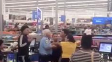 Chuck Dizzle - Family Harassed In Walmart Self Check Out Line For Speaking Spanish