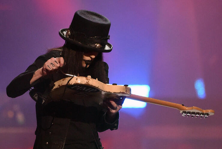 """Mötley Crüe's Mick Mars Hoping to """"Reinvent"""" Himself On Solo Album   iHeartRadio"""