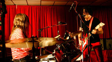 Trending - The White Stripes' Final Show Ever Has Been Released As A Live Album