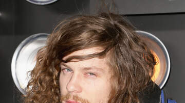 Angelina - WATCH: Blake Anderson from 'Workaholics' Shot Guns a Beer with A's Fans!