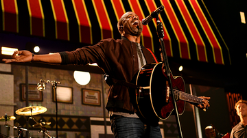 Entertainment News - Hootie & The Blowfish Get Funky And Get Down At The iHeart Festival