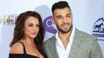 iHeartRadio Music News - Britney Spears Supports Boyfriend Sam Asghari At 2019 Daytime Beauty Awards