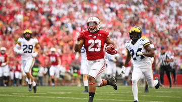 Wisconsin Badgers - Wisconsin leads Michigan 28-0 at halftime