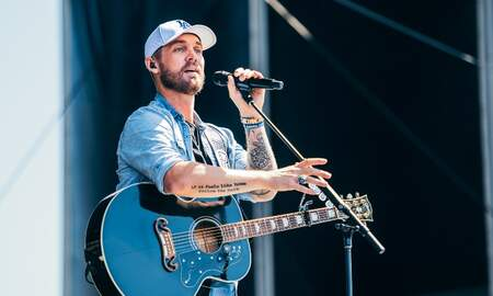 Music News - Brett Young Prompts Crowd To Slow Dance At iHeartRadio Daytime Stage