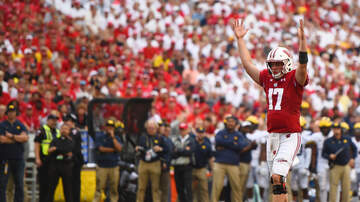 Wisconsin Badgers - Video Highlights: Wisconsin routs Michigan 35-14