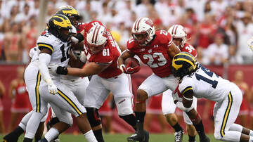 Wisconsin Badgers - Jonathan Taylor leads Wisconsin past Michigan on Saturday