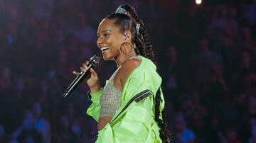 iHeartRadio Music Festival - Alicia Keys Duets With Lewis Capaldi At iHeartRadio Music Festival