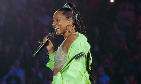 Trending - Alicia Keys Duets With Lewis Capaldi At iHeartRadio Music Festival