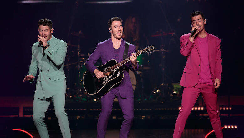 Jonas Brothers Return With Smooth New Single 'Leave Before You Love Me'