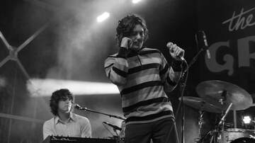 Pauly - THE GROWLERS & PHOSPHORESCENT Sing Out Loud Festival photos