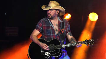 Photos - Jason Aldean Wins Twice With Georgia Bulldogs