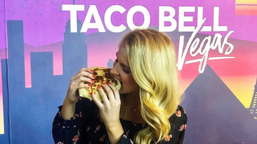 Bobby Bones - Food World IRL: Morgan2 Taste Tests Taco Bell's New Vegetarian Menu