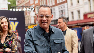 Claudia - Tom Hanks To Be Honor With The Cecil B. DeMille Award At Golden Globes