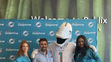 Photos - TU 94.9 at Publix with Pepsi and Miami Dolphins 9.13.19