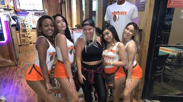 Photos - TU 94.9 at Hooters 9.19.19