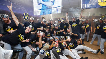 Brewers - Brewers celebrate clinching 2019 playoff spot