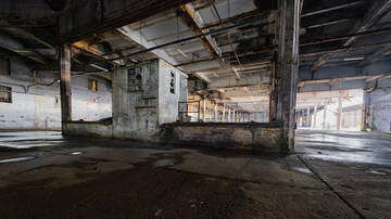 Toby Knapp - The world's most eerie abandoned hospitals - in photos!