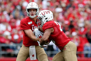 Badgers football gets ready for Kent State on Saturday