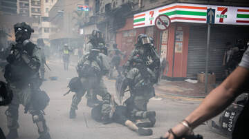 Politics - Hong Kong Violence Escalates After Police Fire Live Rounds at Protesters