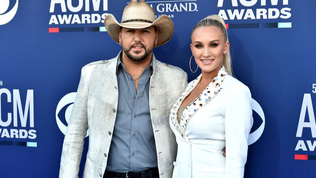Jason And Brittany Aldean Give Fans A Look Inside His New Tour Bus