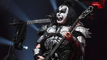 Corey Rotic - Kiss' Gene Simmons undergoes surgery