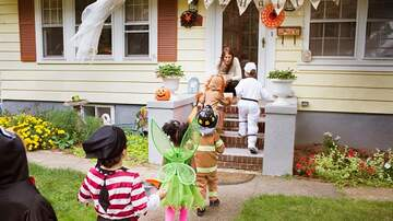 Dana & Jay in the Morning - What Time Does Trick-or-Treating Start This Year?