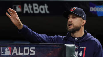 Twins Blog - Streak stretches on: Twins take 16th straight playoff loss | KFAN 100.3 FM