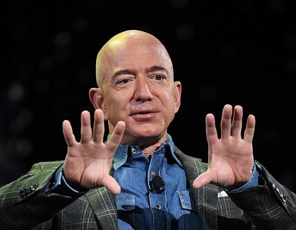 US-IT-lifestyle-Amazon-internet-technology-economy-computers
