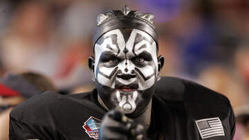 Trending in The Bay - Non Raider Fans Trash Talk In Front Of Jonathan Abrams