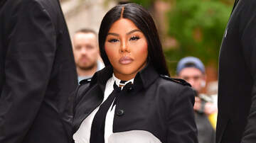 Trending - Lil' Kim Faces Off With Animal Rights Protestors In Manhattan