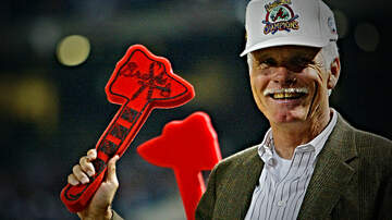 The Locker Room - Braves to Not Hand Out Foam Tomahawks After Complaint From Cardinals Player