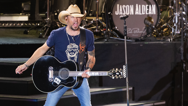 Jason Aldean's 'We Back' Video Gives Fans 360-Degree View Of His Live Show