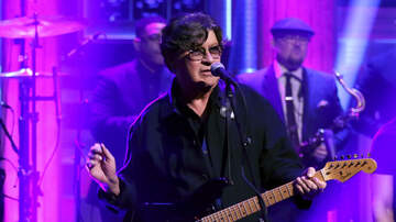Out Of The Box - Robbie Robertson Says His Career Has Magically Come Full Circle This Year