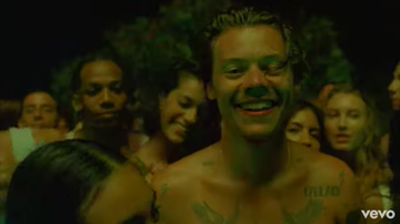 Headlines - Harry Styles Returns with New Song Lights Up & Its Sexy Music Video
