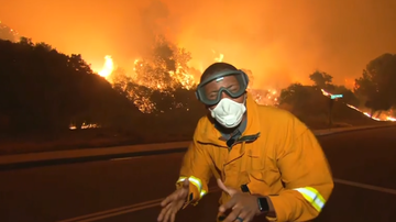 The Insider - Wildfire explodes in Southern California, prompting mandatory evacuations