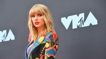 Nina - Taylor Swift Casually Announces A Tiny Concert On Twitter!