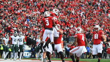 Wisconsin Badgers - Happy Homecoming: Badgers rout Michigan State 38-0