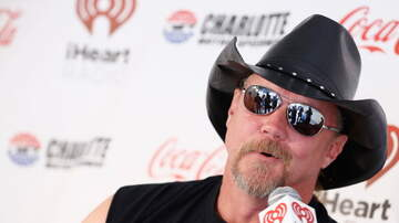 Spencer & Kristen - Trace Adkins Marries With Blake Shelton Officiating
