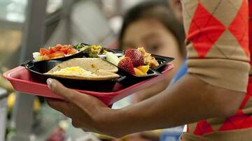Sisanie - California Is Working To Ensure All Students Have Meals At School