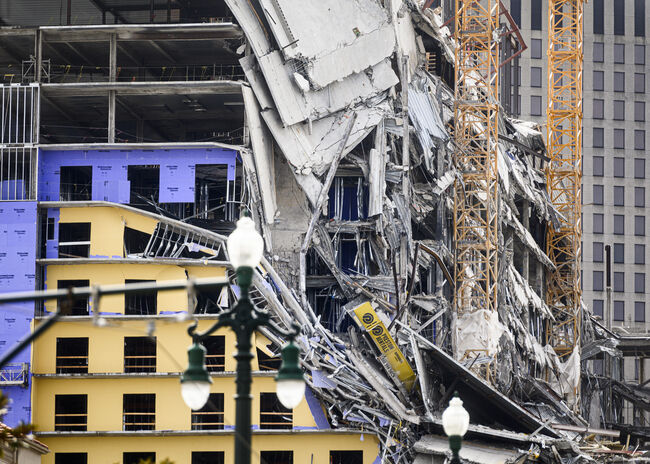 TOPSHOT-US-HOTEL-CONSTRUCTION-ACCIDENT