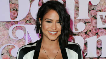 iHeartRadio Music News - Cassie Shares Nude BTS Photo From Her Pregnancy Shoot