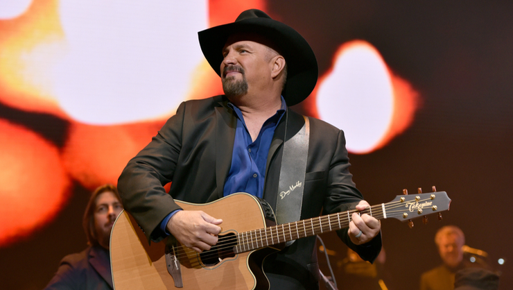Garth Brooks Reveals Next 'Dive Bar Tour' Stop Will Be In Ohio | iHeartRadio