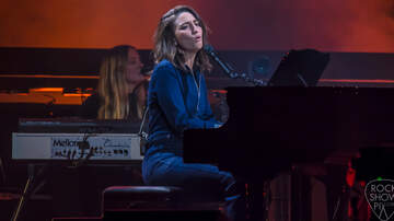 Rock Show Pix - Sara Bareilles at Mohegan Sun