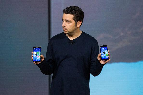 Microsoft Debuts New Folding Smartphone